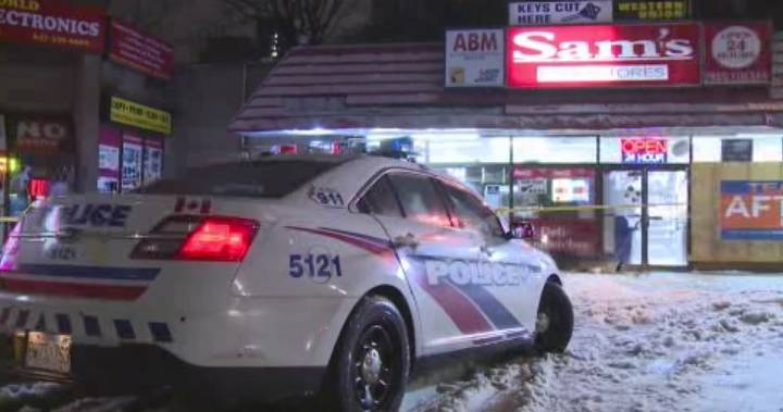 Man seriously injured after shooting near Sherbourne and Dundas