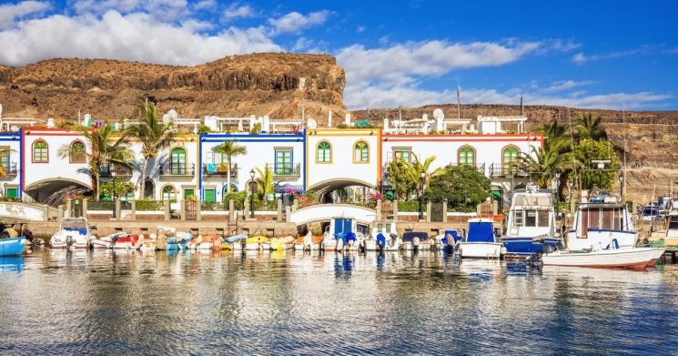 Top tips for finding cheap Canary Islands deals and choosing the right island