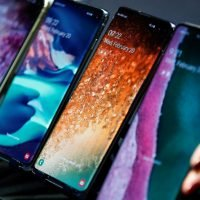 Samsung Galaxy S10 users complain software bug is destroying their battery life