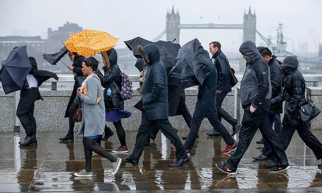 Britons think about the weather for 8 HOURS every week, study says