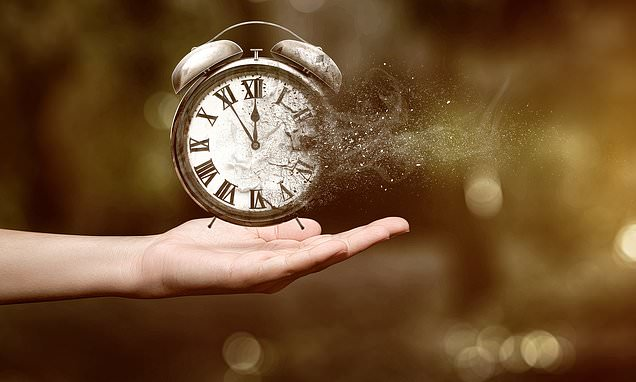 New hypothesis could explain why time seems to fly by as we age