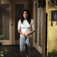 The 'Jane The Virgin' Season 5 Premiere Will Echo The Pilot, Says Creator Jennie Snyder Urman