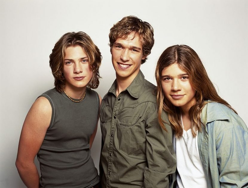 Where Are the Hanson Brothers Now?