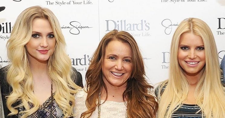 Jessica Simpson's Family Reacts After She Gives Birth to Daughter Birdie