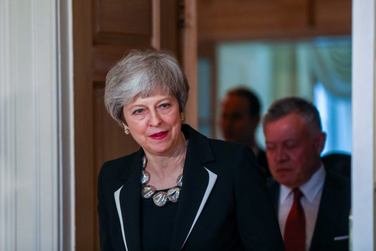 Theresa May warned she should not 'attempt to bounce' MPs into agreeing Brexit deal next Tuesday