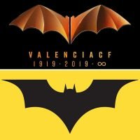 DC Comics threaten to sue Valencia over 'Batman club logo' and Spanish giants hit back with incredible bison response