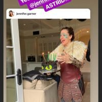 Jennifer Garner embarrassed her son in a costume for his bday so she Instagrammed it
