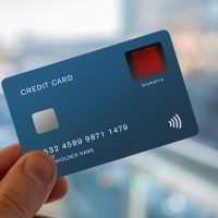 UK testing debit cards with built-in fingerprint sensor