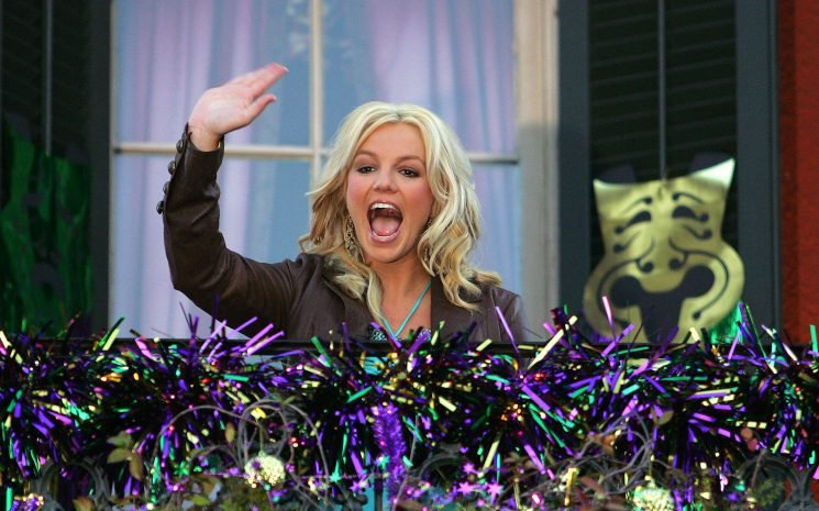 Fat Tuesday Throwbacks: Celebrities Who've Gone All-Out at Mardi Gras in New Orleans