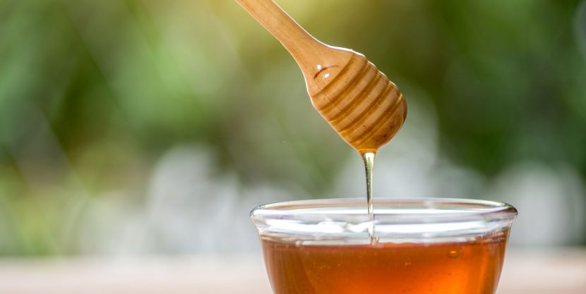 People Are Eating Honey For Their Spring Allergies—But Does It Actually Work?