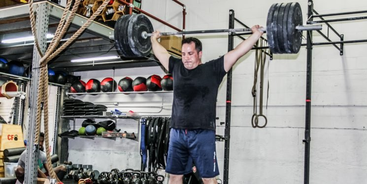 How CrossFit Helped This Man Overcome Asthma and Lose More Than 60 Pounds