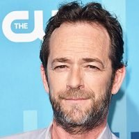 Luke Perry's Family Decided To Take Him Off Life Support After Unexpected Stroke: It Was 'Devastating'