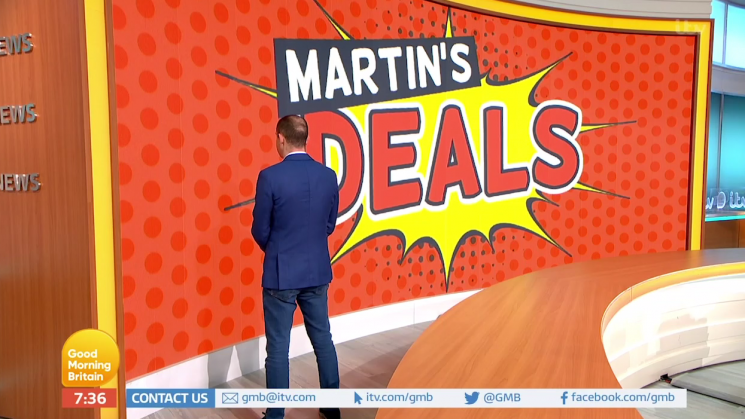 Martin Lewis makes awkward camera blunder on Good Morning Britain and accidentally says goodbye to a WALL