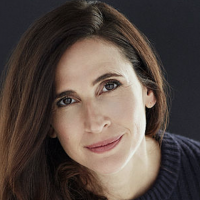 Michaela Watkins Joins Walton Goggins in CBS Comedy Pilot The Unicorn