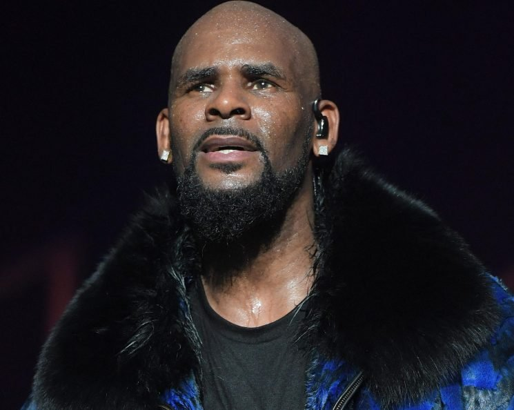 Who is R Kelly, when was the singer married to Aaliyah and who has accused him of having a 'one-man sex cult'?