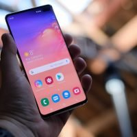 Samsung Galaxy S10 review: Not an iPhone 'killer' but a real challenge