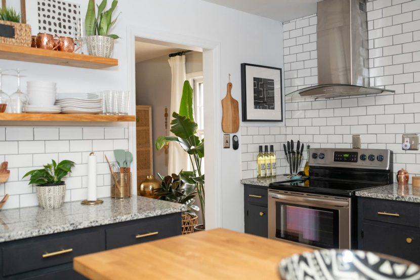 This Pro Organizer's 6-Step Plan Will Declutter Your Kitchen