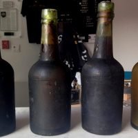Bottles of beer from 1886 shipwreck used to create modern ale