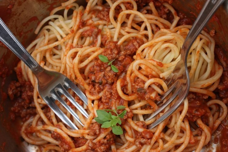Mayor of Bologna sick of tourists ordering spaghetti bolognese in his city: It 'doesn't actually exist'