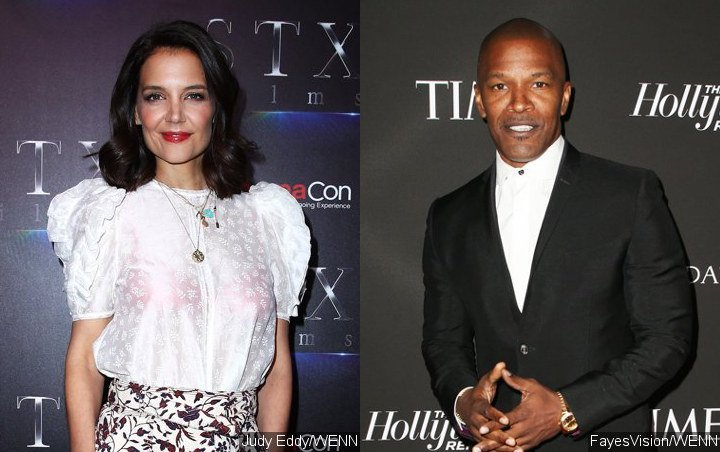 Cheerful Katie Holmes and Jamie Foxx Holding Hands on Broad Daylight