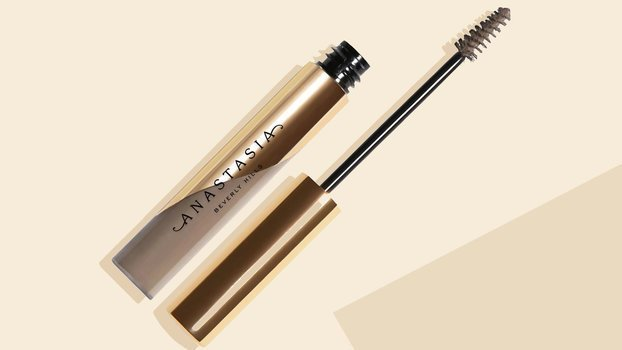 This New Eyebrow Gel Made Me Break Up With My Go-To Pencil