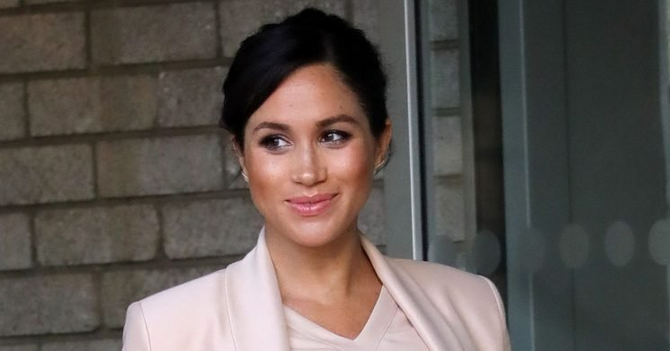 Harry and Meghan's alternative plan to reveal birth as they shun hospital pics