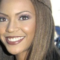 Beyoncé died in 2000 and replaced by clone says bizarre conspiracy theory