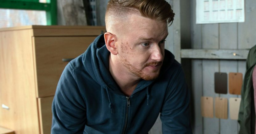 Coronation Street's Gary in brutal attack after worrying confession to Sarah