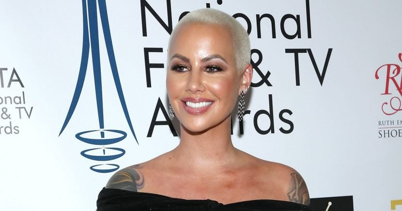 Watch Amber Rose Proudly Show Off Her Baby Bump: 'I'm Getting Bigger'