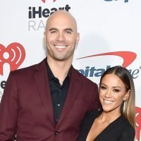 Jana Kramer Shows Off Abs With Husband on the Beach 4 Months Post-Baby