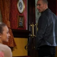 Does Louise Mitchell die in EastEnders and why does Midge kidnap her?