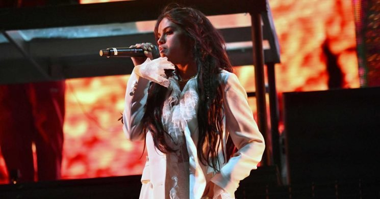 There She Is! Selena Gomez Surprises Coachella With Comeback Performance