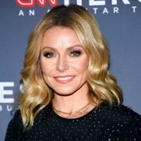 Kelly Ripa Shares the Adorable Reason She Recently Considered Having a Fourth Child