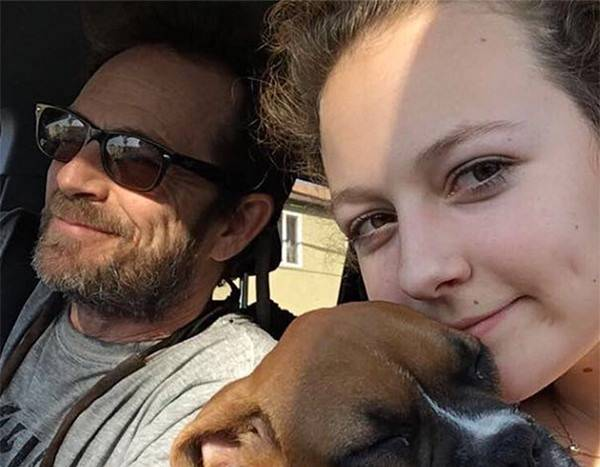 Luke Perry's Kids Return to Their Jobs 1 Month After His Death
