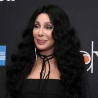 """Cher called Donald Trump an 'ignorant thug with a lizard brain'"" links"