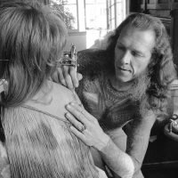 Lyle Tuttle, Who Recast Tattooing's Image Pore by Pore, Dies at 87