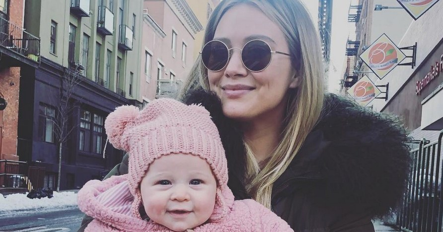 7c0e73251c6d LOL! Hilary Duff's Daughter Won't Stop Playing in Dog's Water Bowl ...
